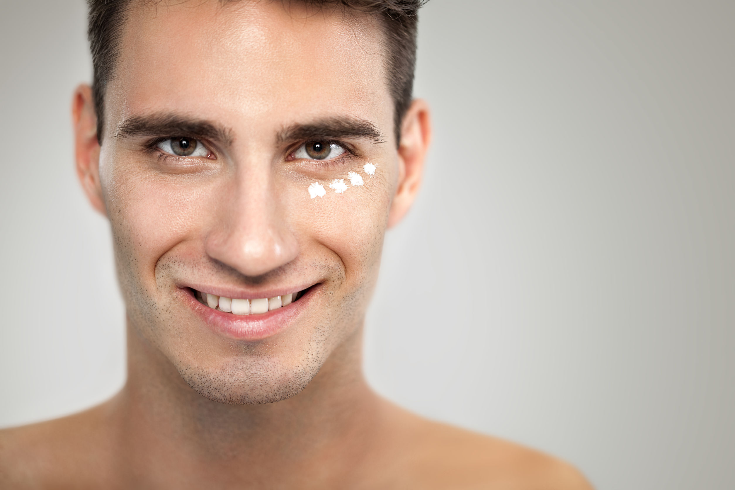 Cuanto cuesta una limpieza facial para hombres