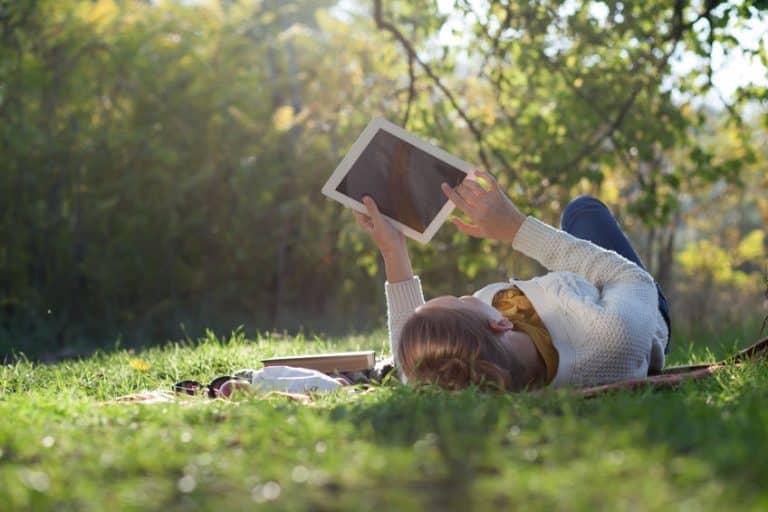 Lectura digital al exterior
