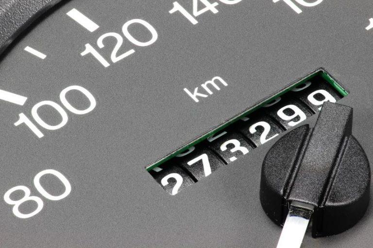 Odómetro de automóvil