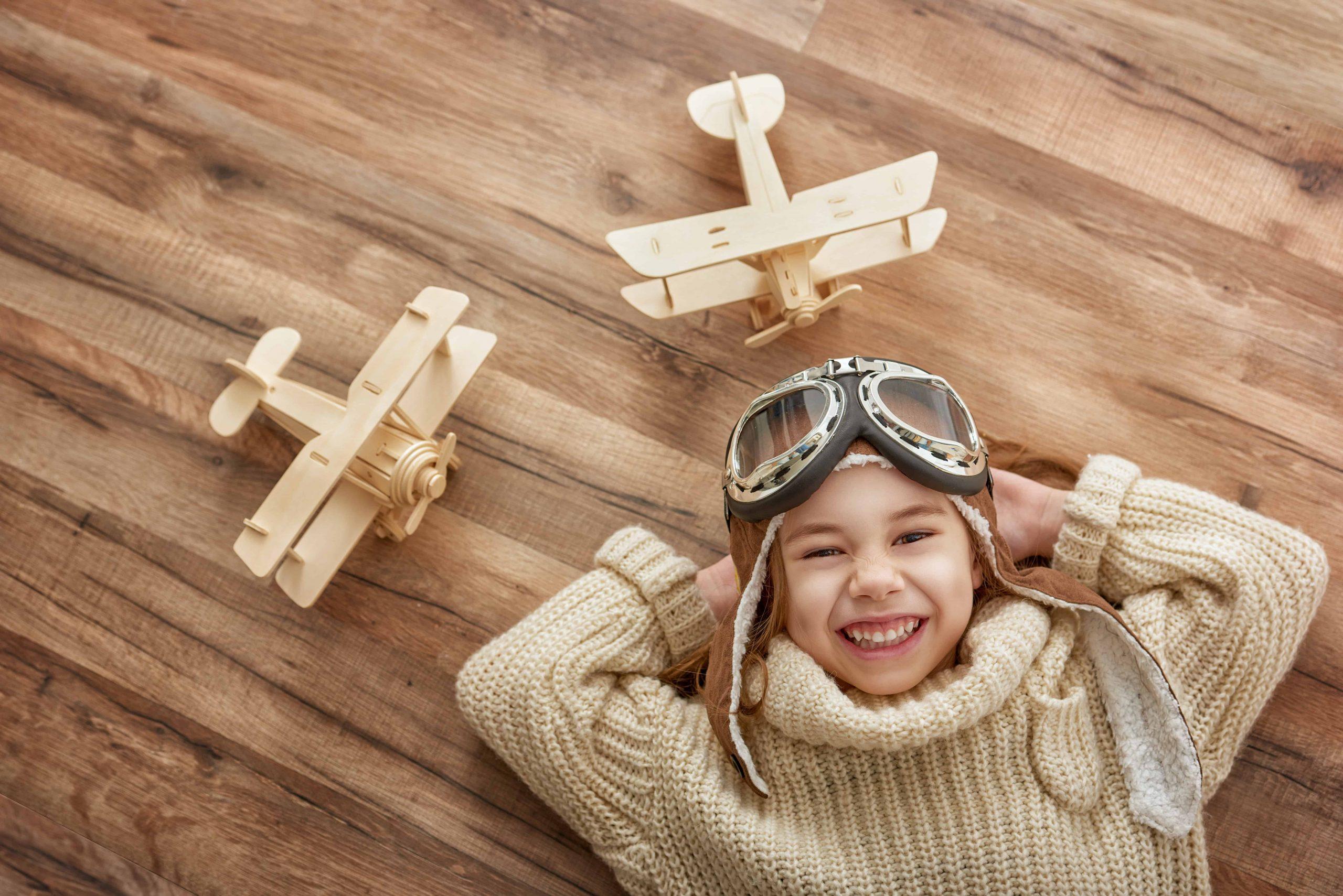 Juguetes de madera destacada