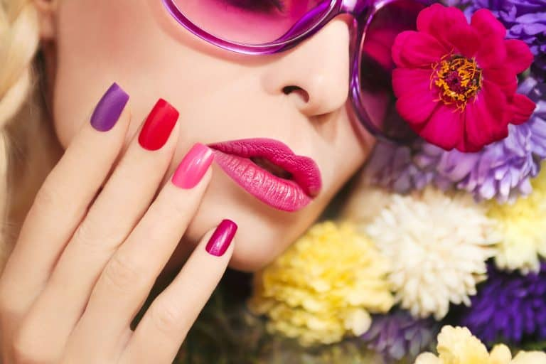 Concepto de maquillaje floral