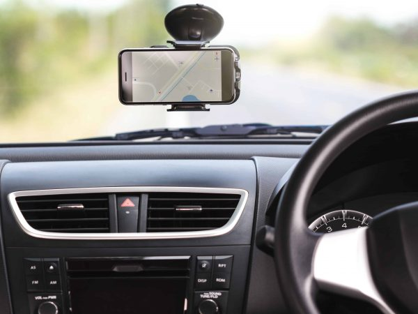 Soporte para móvil en el coche