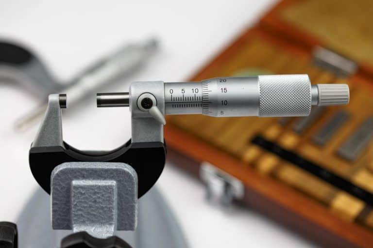 Micrómetro de cerca