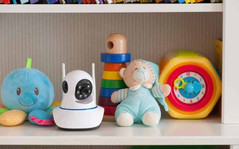 cámara con juguetes