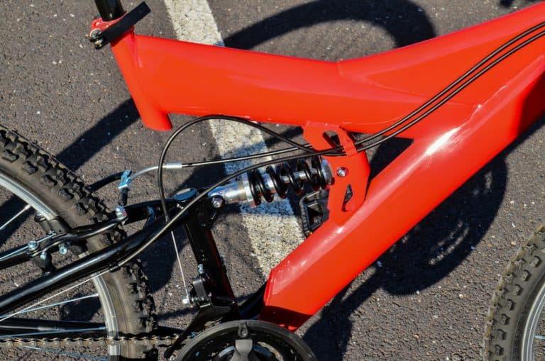Suspensión trasera de bicicleta