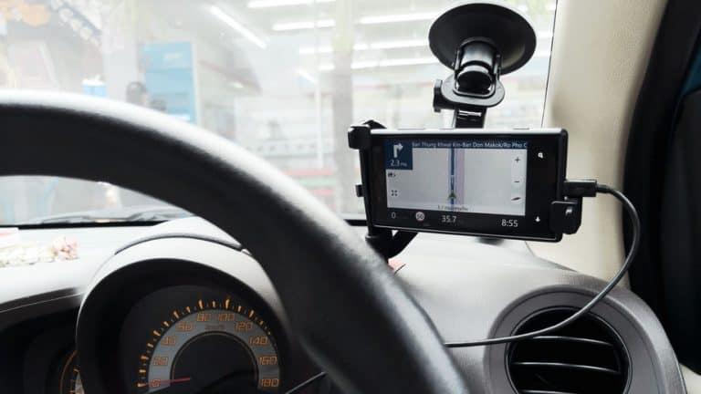 GPS en parabrisas