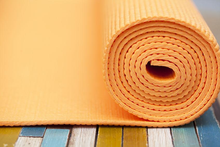 Esterilla de yoga color naranja