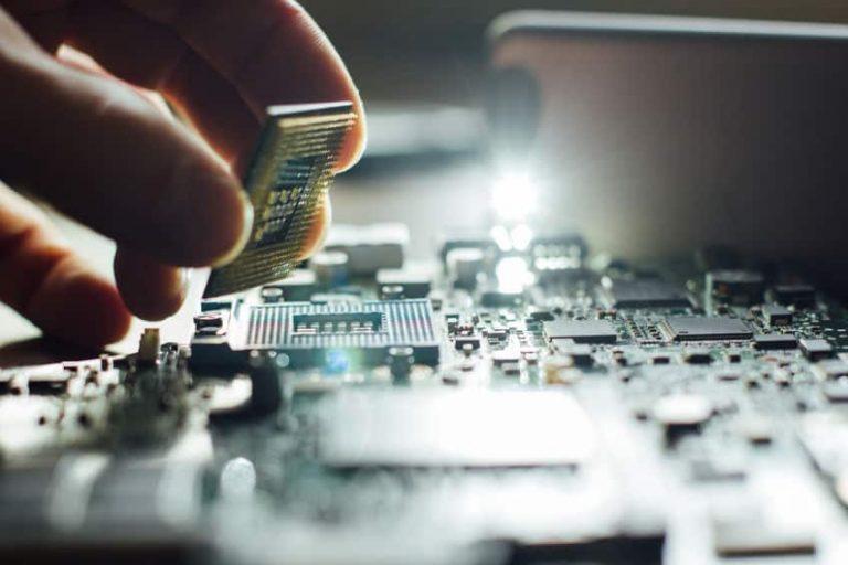CPU en mano