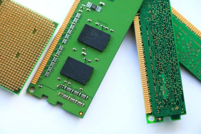 Memoria RAM isolada