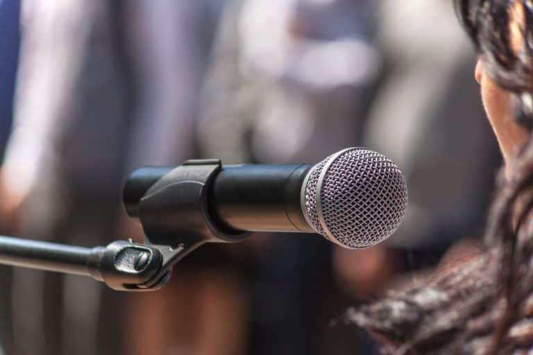 Micrófono listo para utilizar