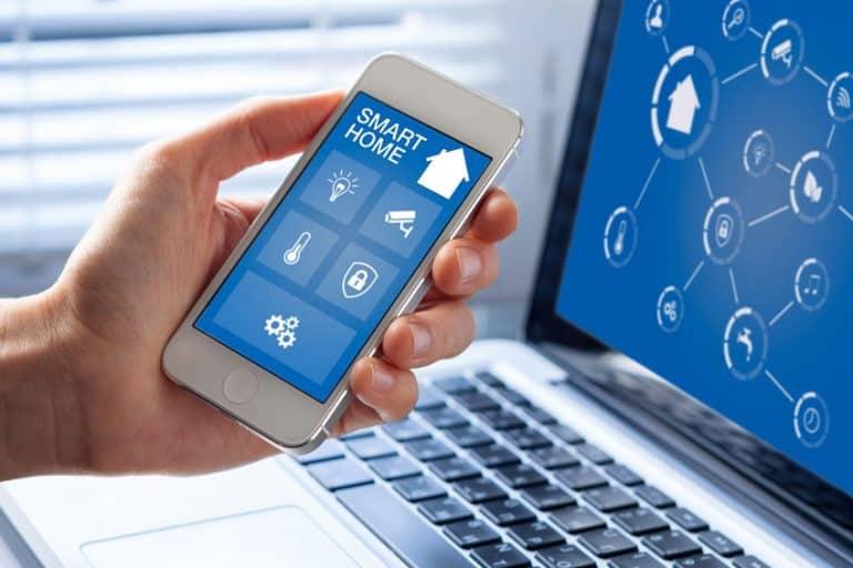 Dirigir tareas a través de smartphone u ordenador