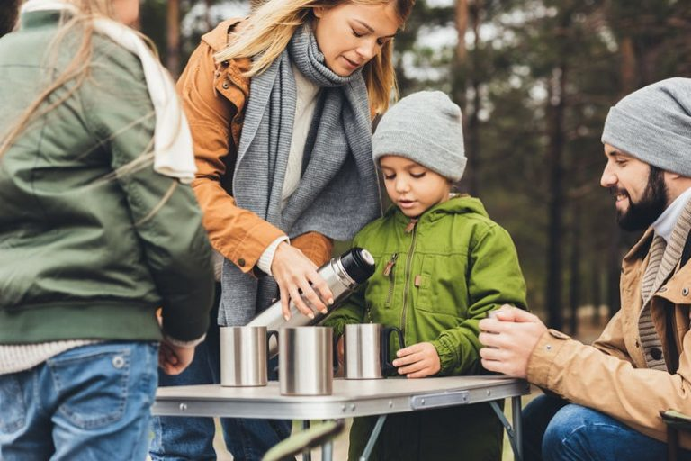 Una familia de camping