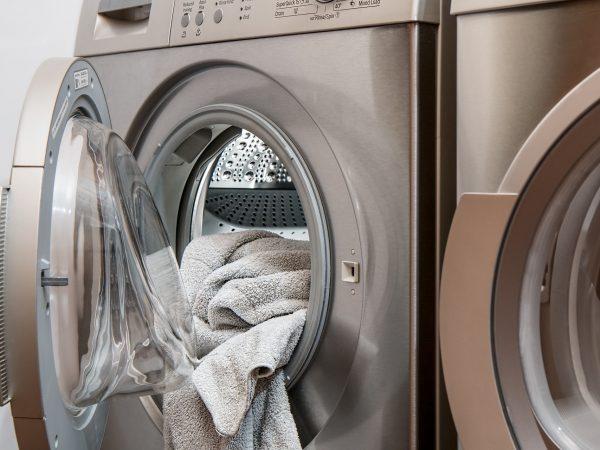 Secadora con ropa adentro