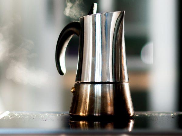 Cafetera italiana para inducción