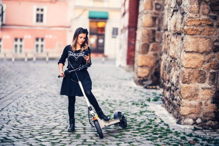 Mujer en su ciudad