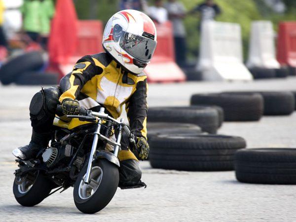 1010447 – pocket bike race