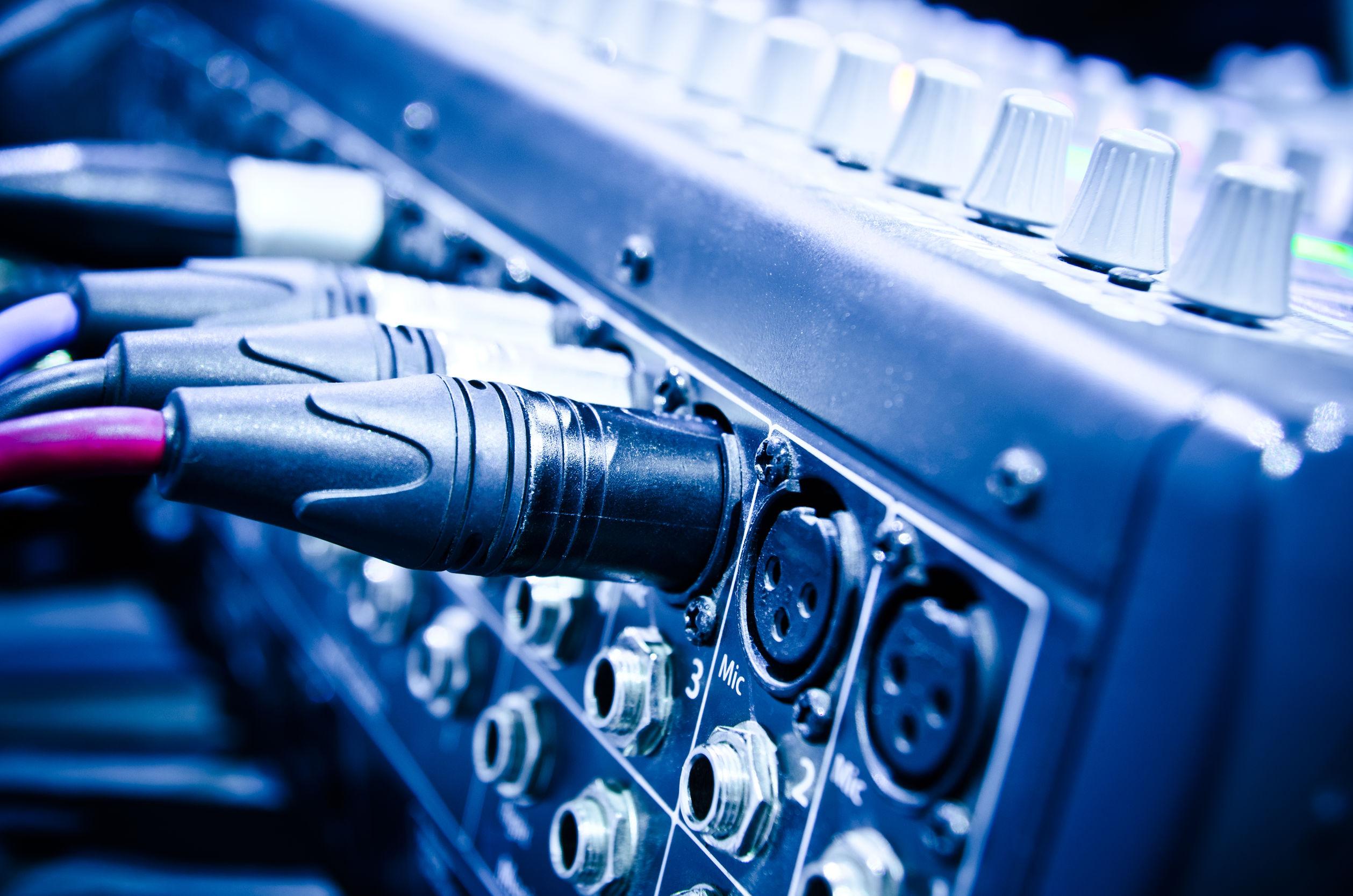 tarjeta de sonido con mezclador