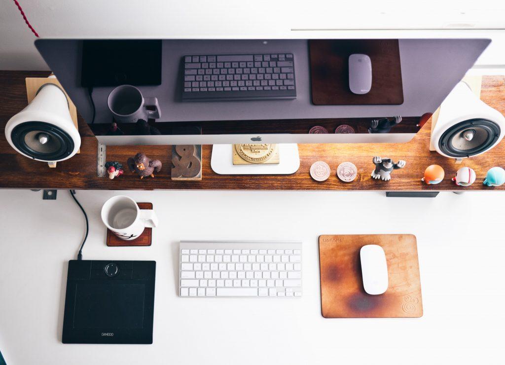 escritorio bien organizado