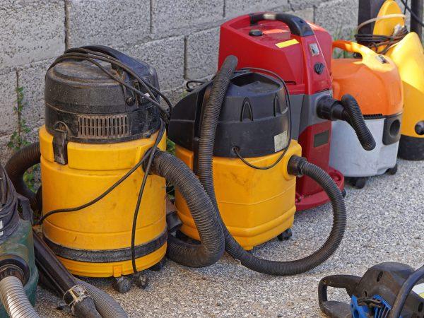 Los aspiradores de ceniza están diseñados para absorber residuos de estufas, chimeneas y barbacoas (Fuente: Willfried Wende: 4621891/ pixabay.com)