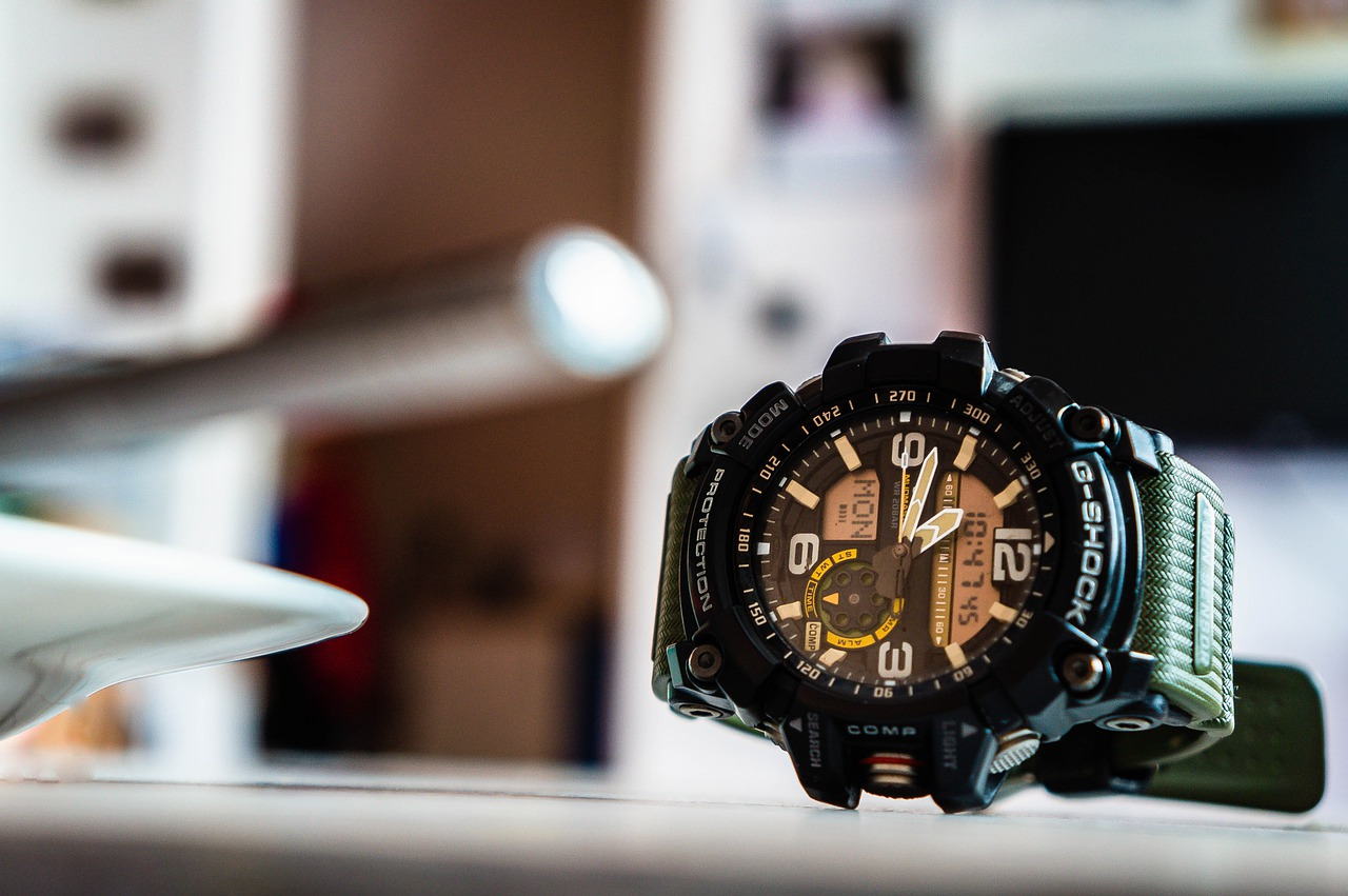 reloj casio moderno