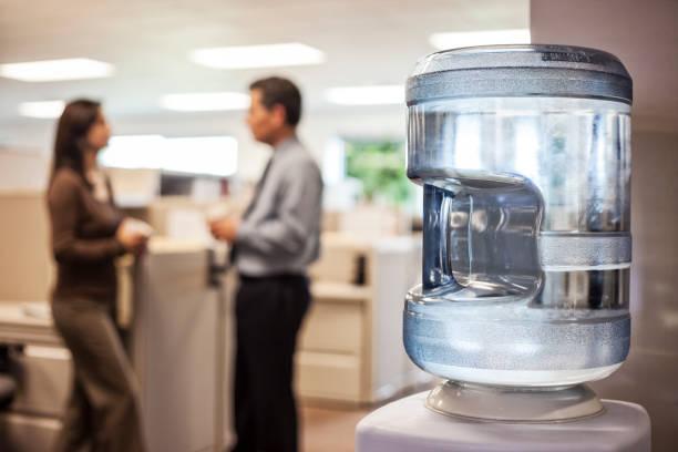 dispensador de agua para oficina