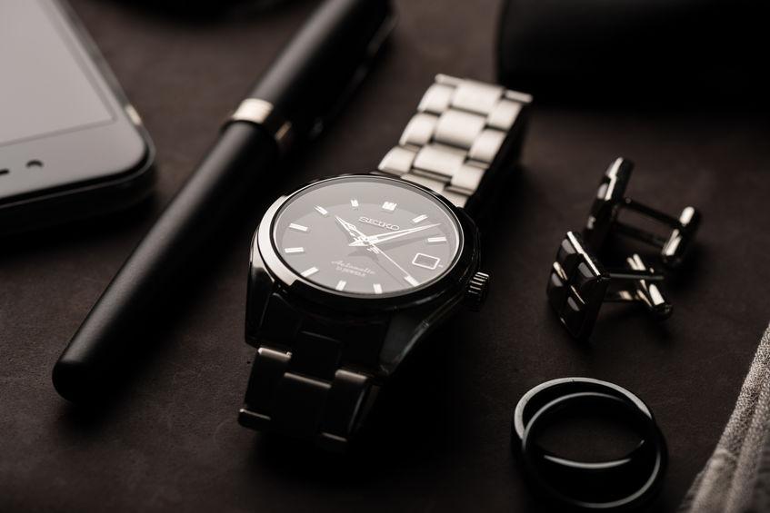 reloj elegante