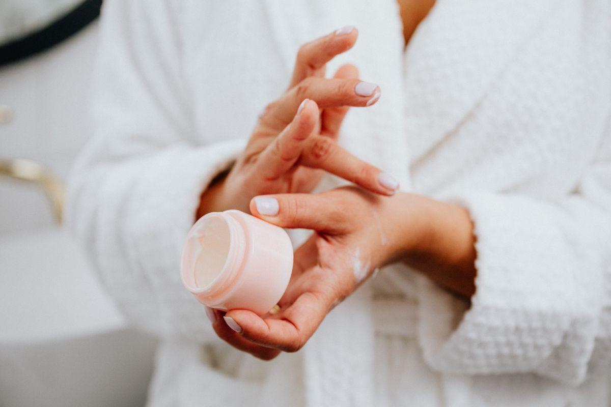 aplicando crema