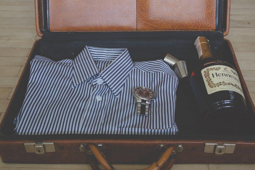 camisa y bebida