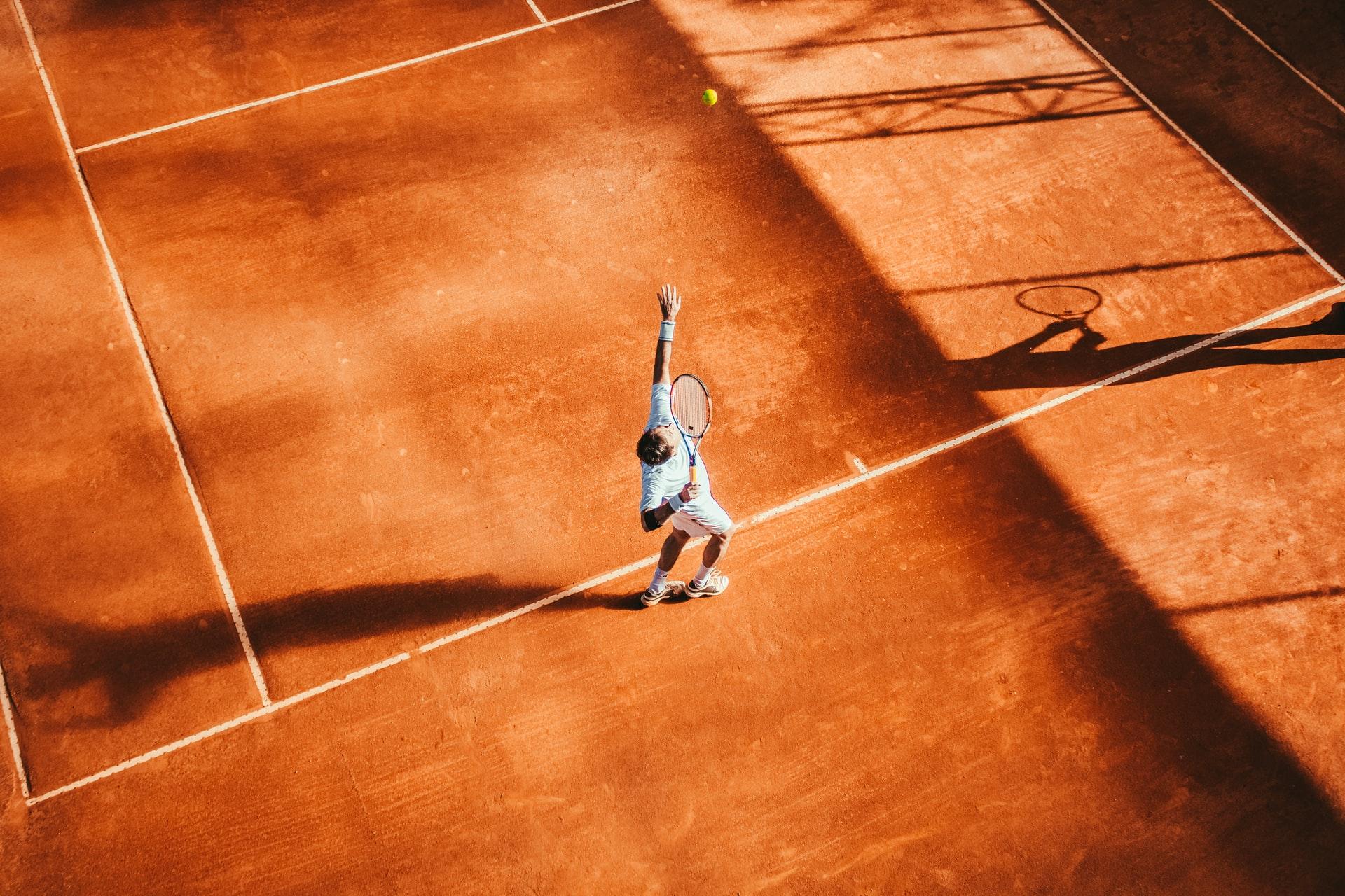 Elegir la mejor raqueta es fundamental para tener un buen desempeño en la cancha.