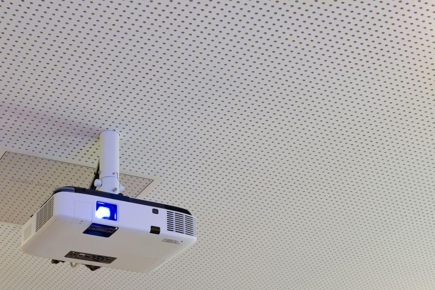 proyector en techo