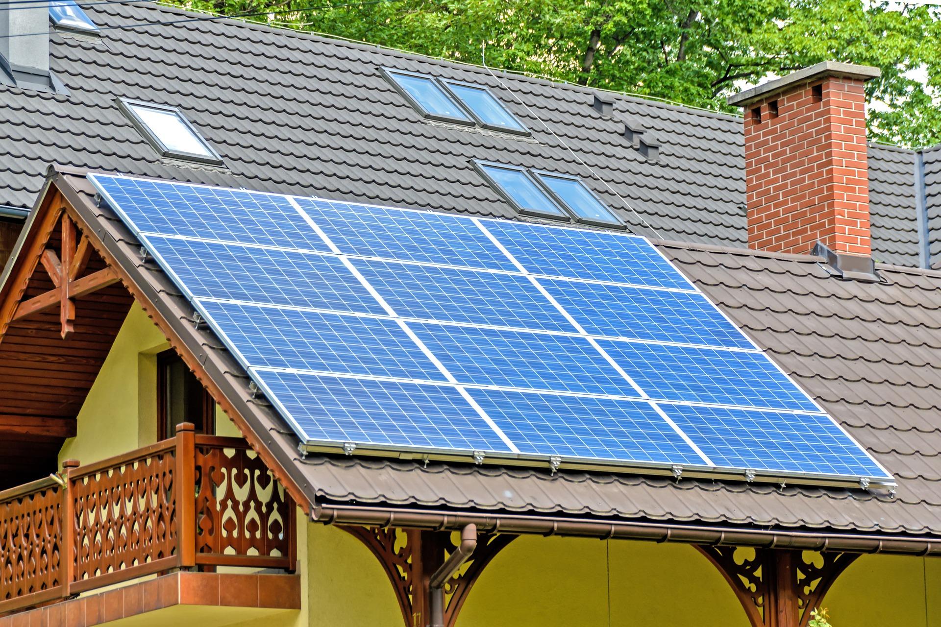 panel de sol en techo