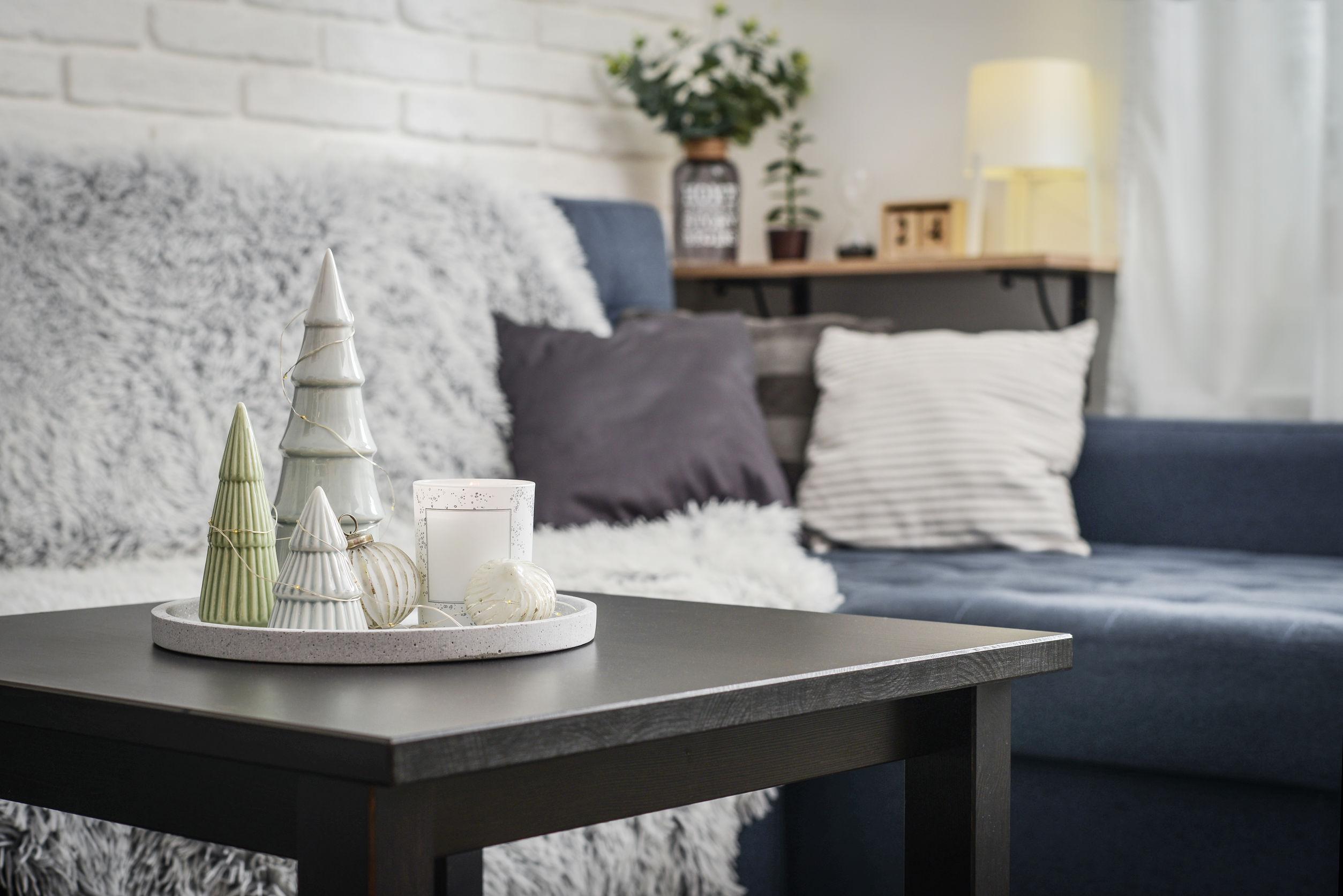 mesa de salon en casa
