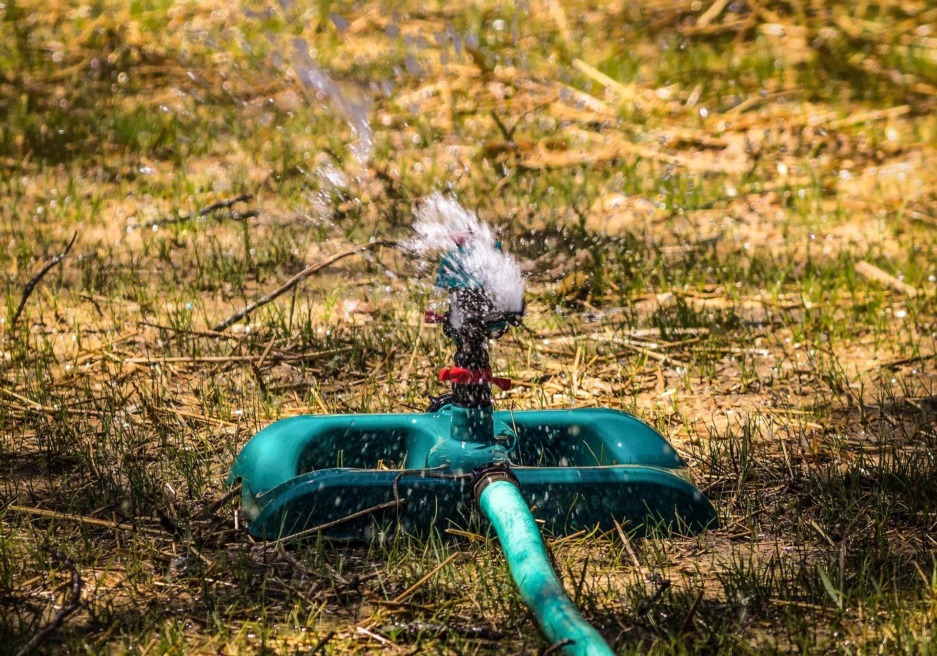 sistema de riego de jardín