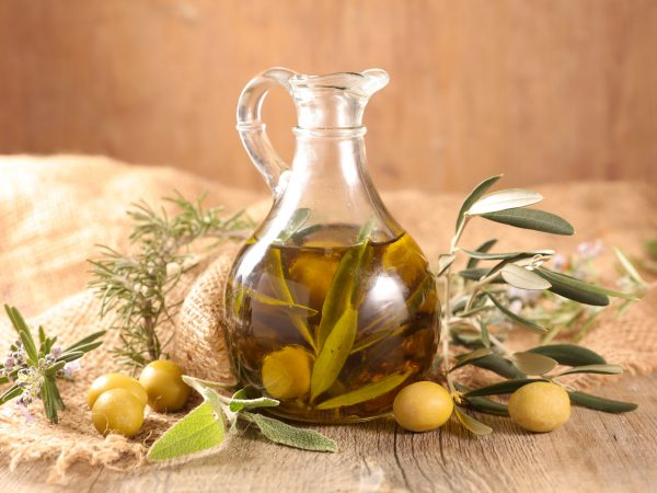 carafe with olive oil