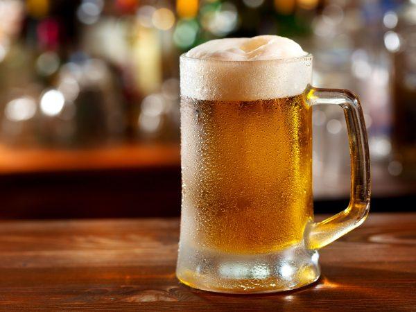 23042932 – cold mug of beer