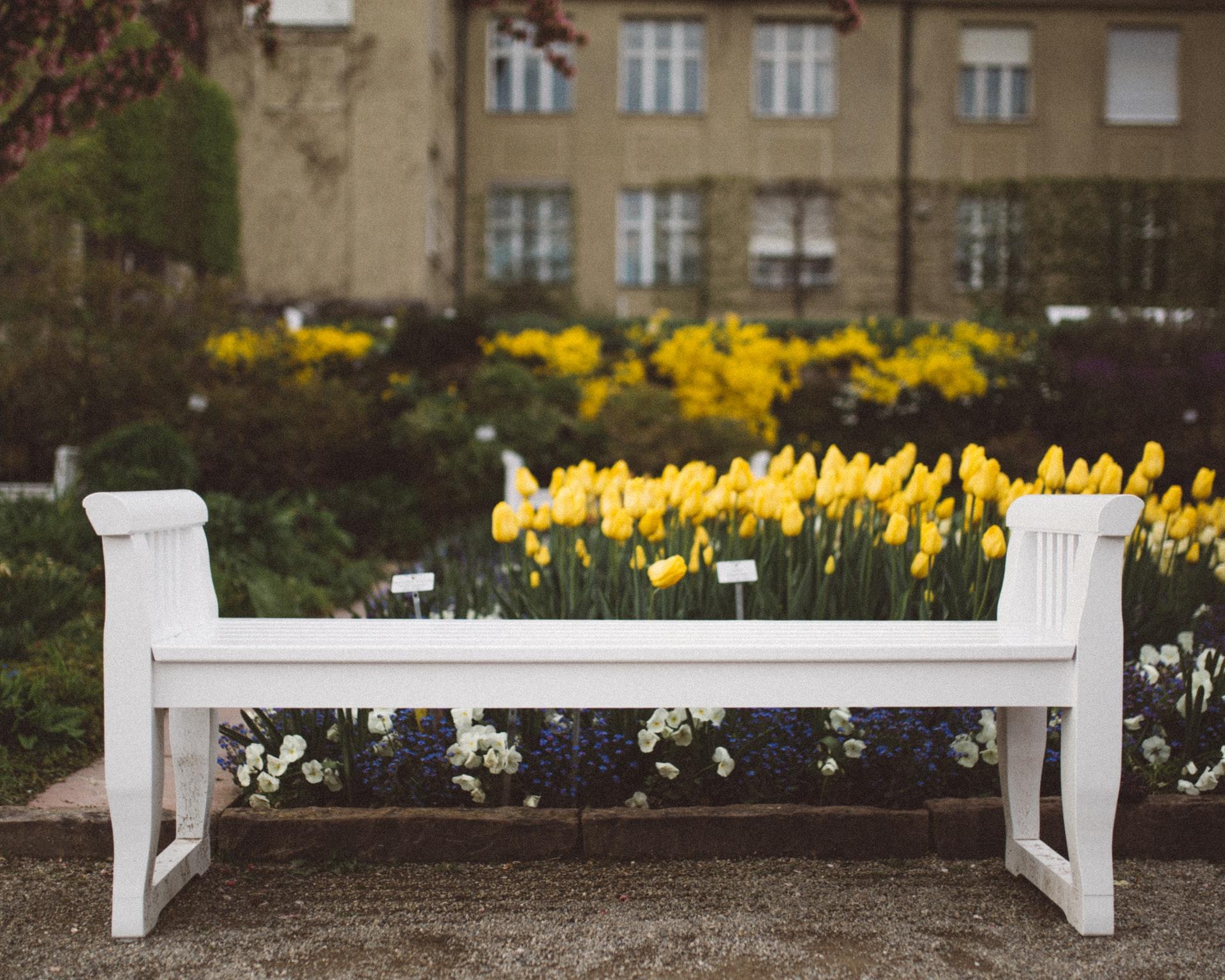 banco de jardin blanco