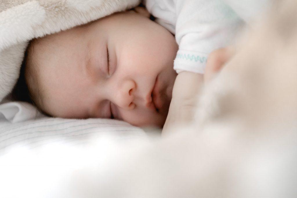 bebe durmiendo