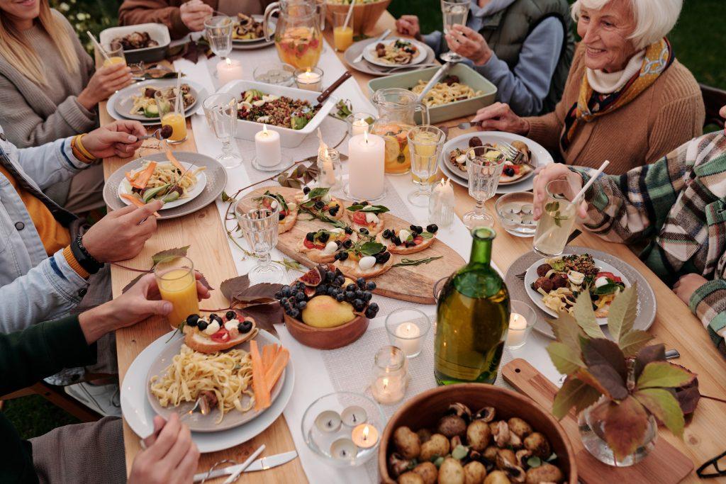 mesa extensible y familia