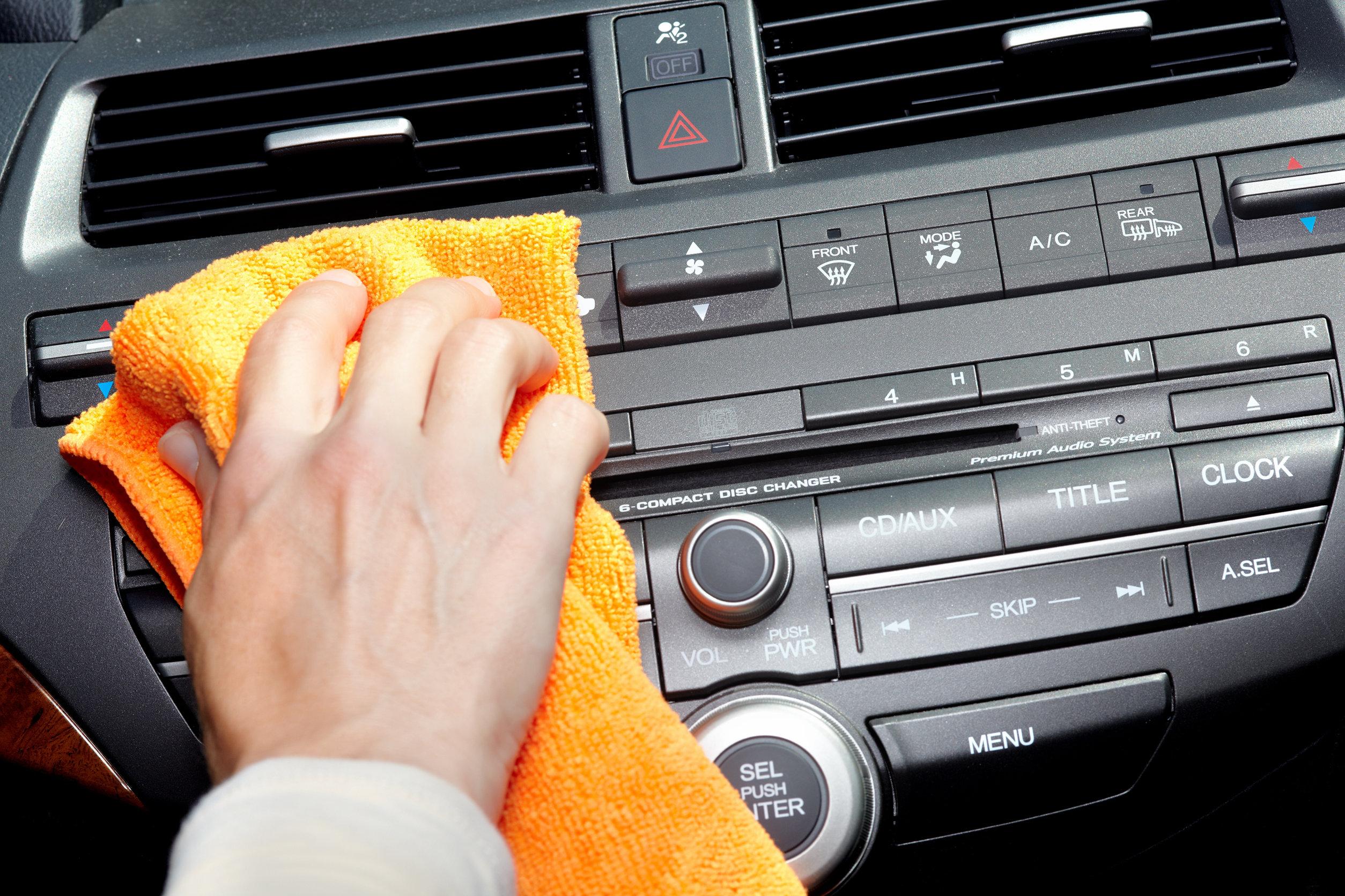 Limpieza en el interior del auto