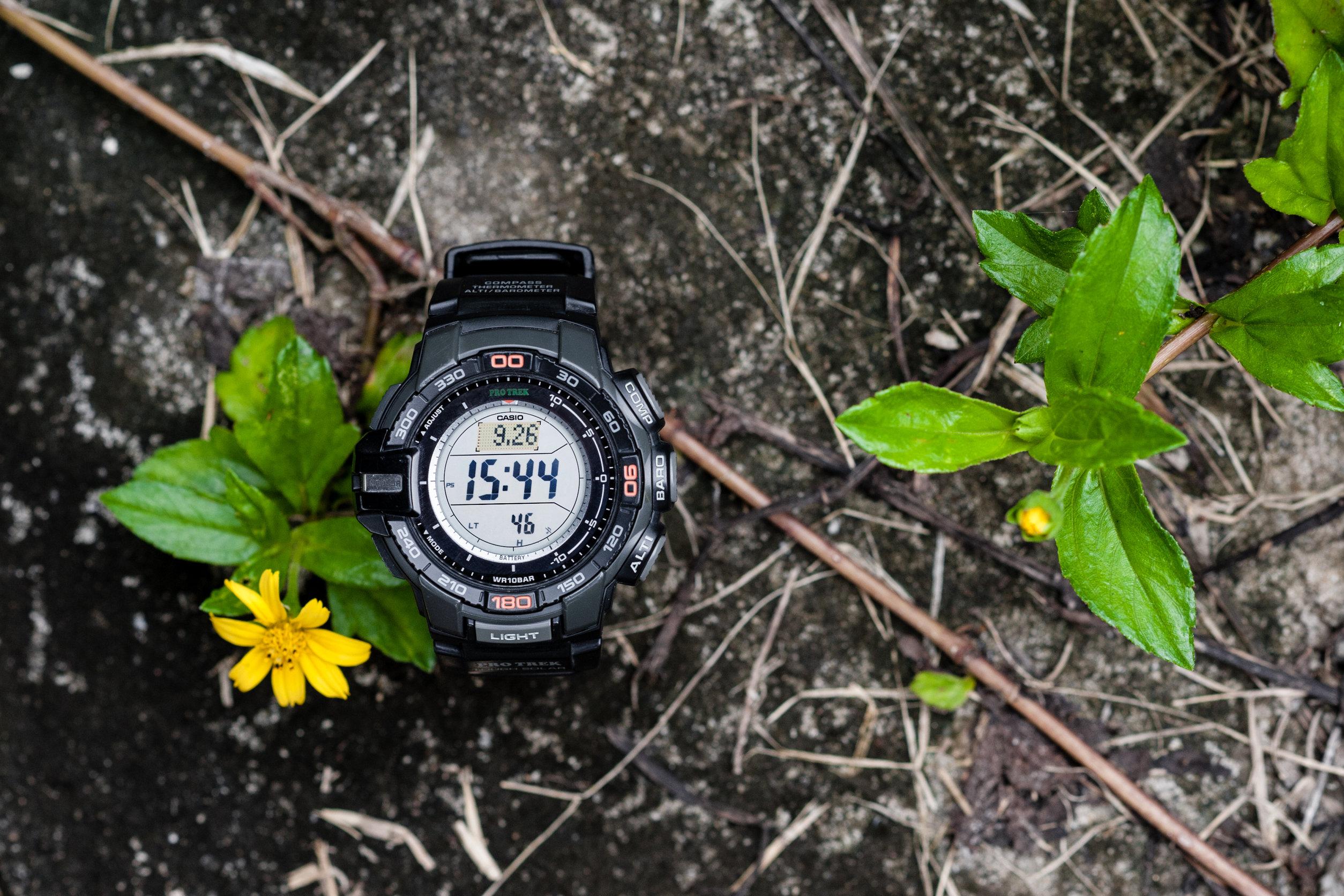 reloj con altímetro